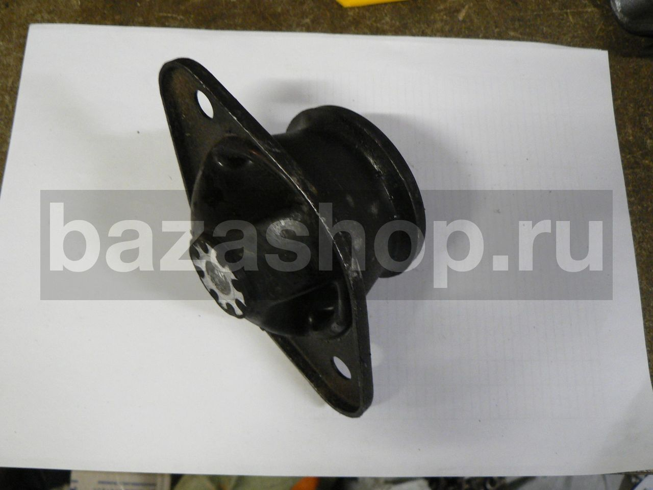 SUPPORT, REAR, ENGINE / 3160-1001044 (опора) ЗАВОД