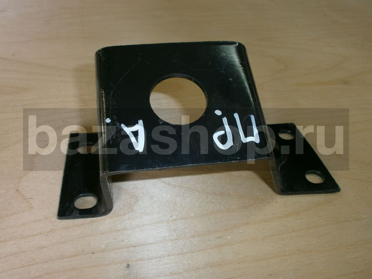 Right mounting bracket of engine's rear support / 452-1001042